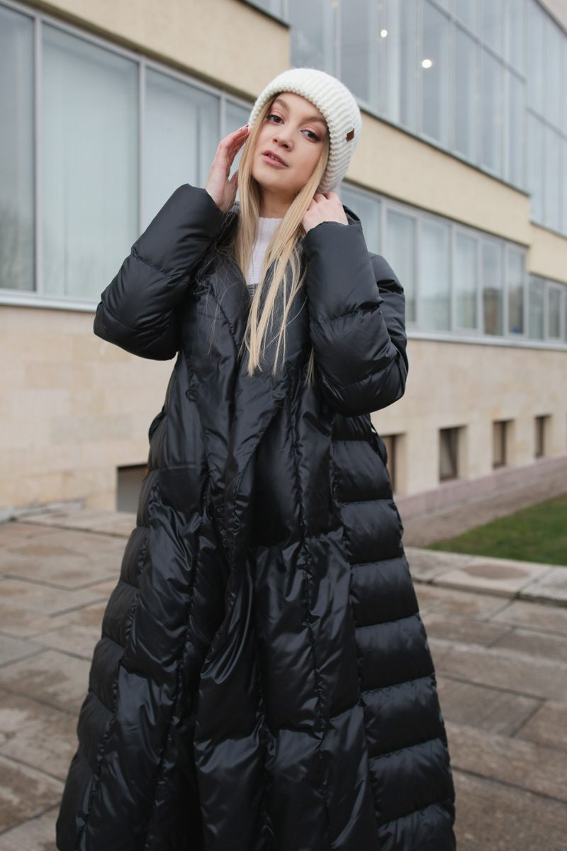 s001-10-chernyj-black-04-3